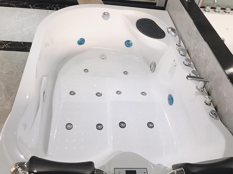 hydromassage indoor acrylic whirlpool tub Xavier Brand company