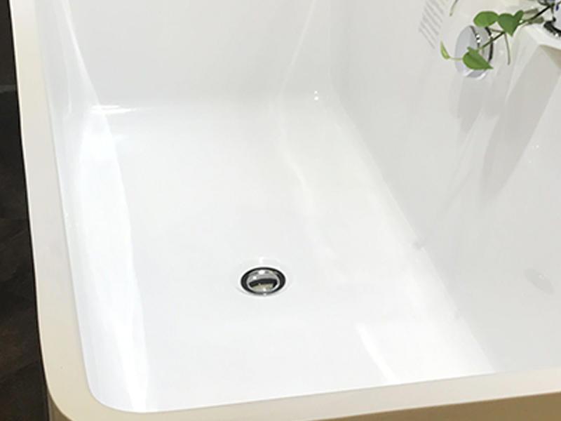 Xavier light free standing bathtub promotion for homestay-3