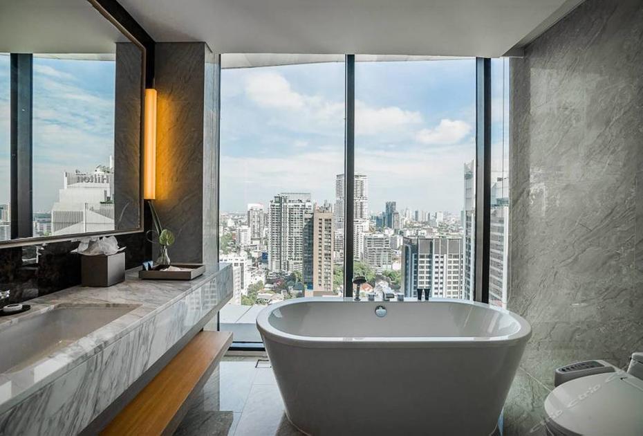 The Blue Sky Hotel in Bangkok