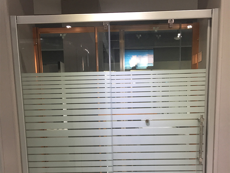 Xavier -Shower Stall Doors | 6mm Aluminum Glass Shower Screens | Xavier-3