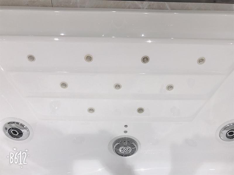 Xavier -American Standard Whirlpool Tub | Acrylic Hydromassage Bathtub-3