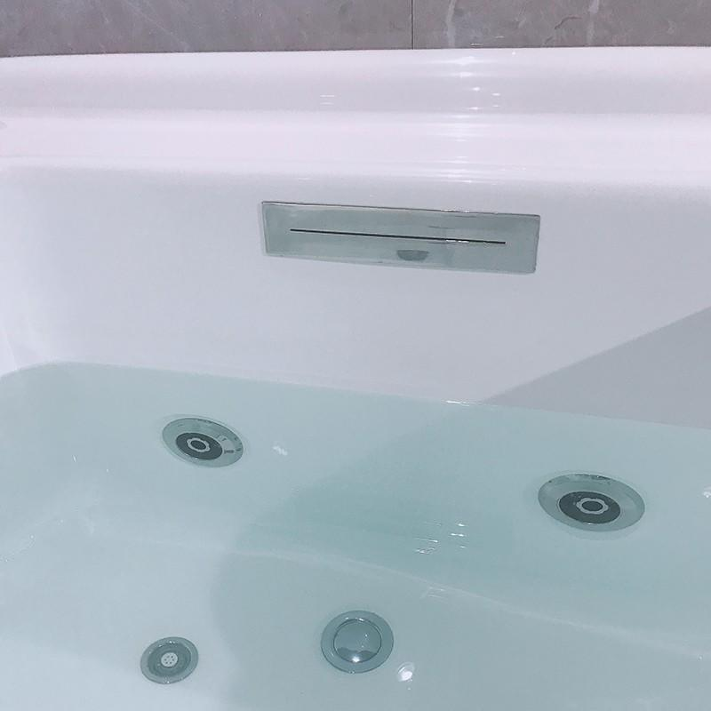 Xavier Brand hydromassage whirlpool custom jetted bathtub