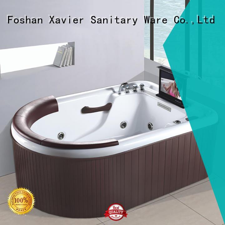 Xavier custom jet bathtub with berth for bathroom